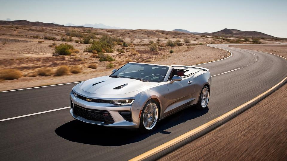 Новый Chevrolet Camaro лишился крыши