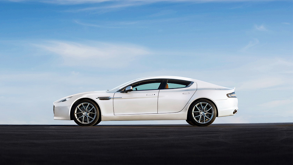 Aston Martin обновил спорткары Vantage и Rapide S