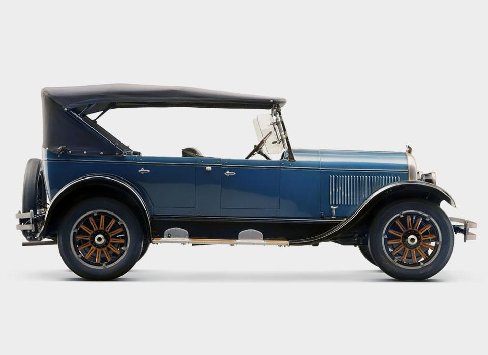 С каких моделей начиналась история автопроизводителей. Фото 8