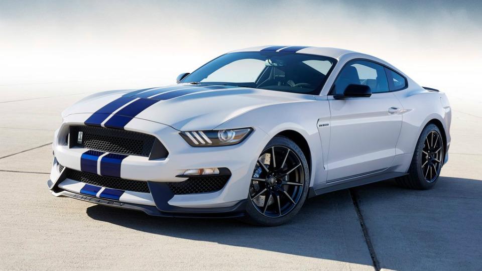 Объявлены претенденты на звание «Автомобиля года» в США