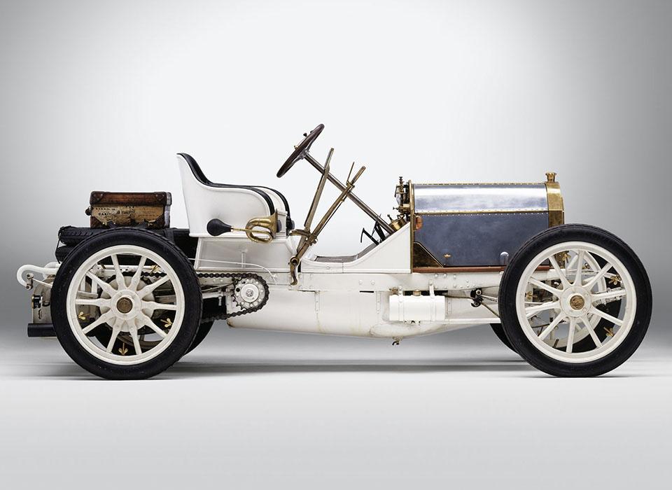 С каких моделей начиналась история автопроизводителей. Фото 4