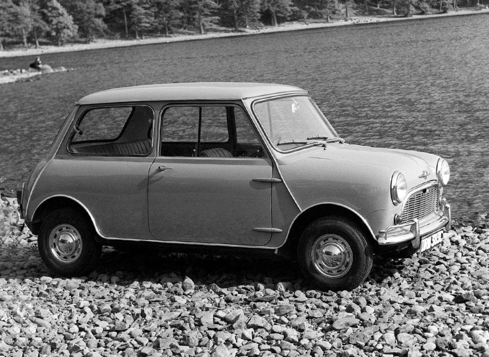 С каких моделей начиналась история автопроизводителей. Фото 5