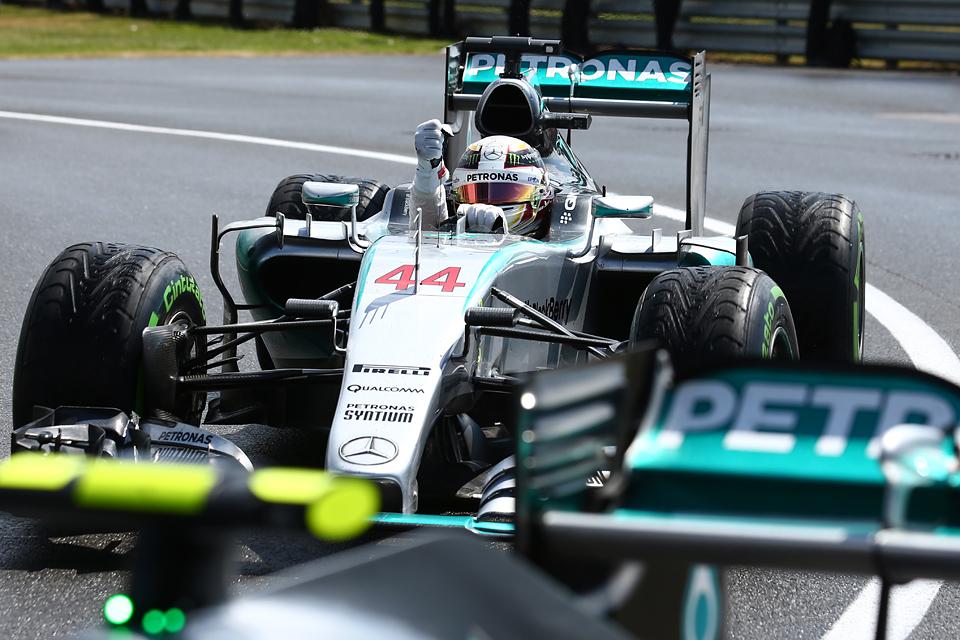 Как дождь помог Льюису Хэмилтону выиграть домашний Гран-при. Фото 3