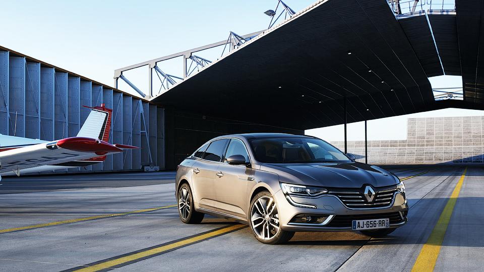 Компания Renault рассекретила замену «Лагуне»