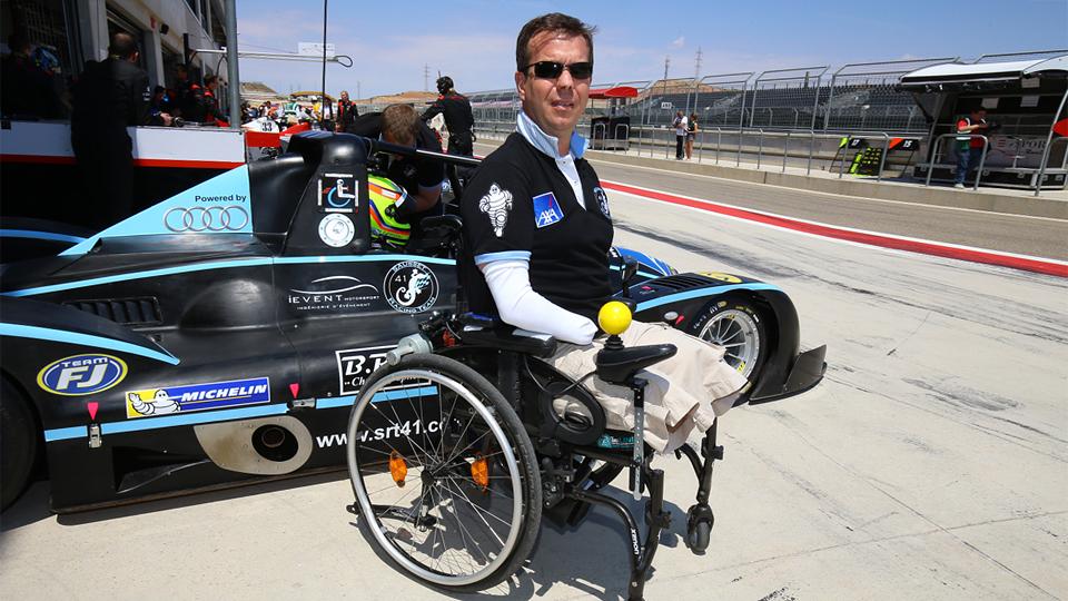 Потерявший конечности гонщик примет участие в «24 часах Ле-Мана»