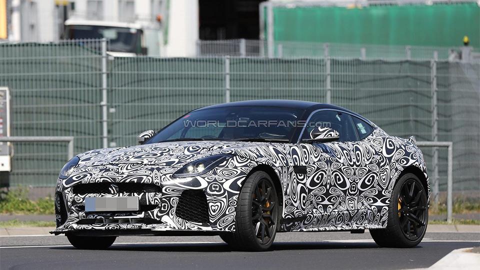 Jaguar F-Type SVR может дебютировать через год. Фото 2