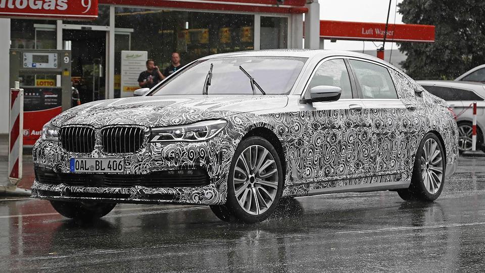 «Альпина» вывела на тесты новую «семерку» BMW
