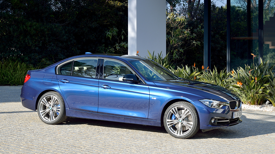 Трехцилиндровую «трешку» BMW оценили в 1,5 миллиона рублей