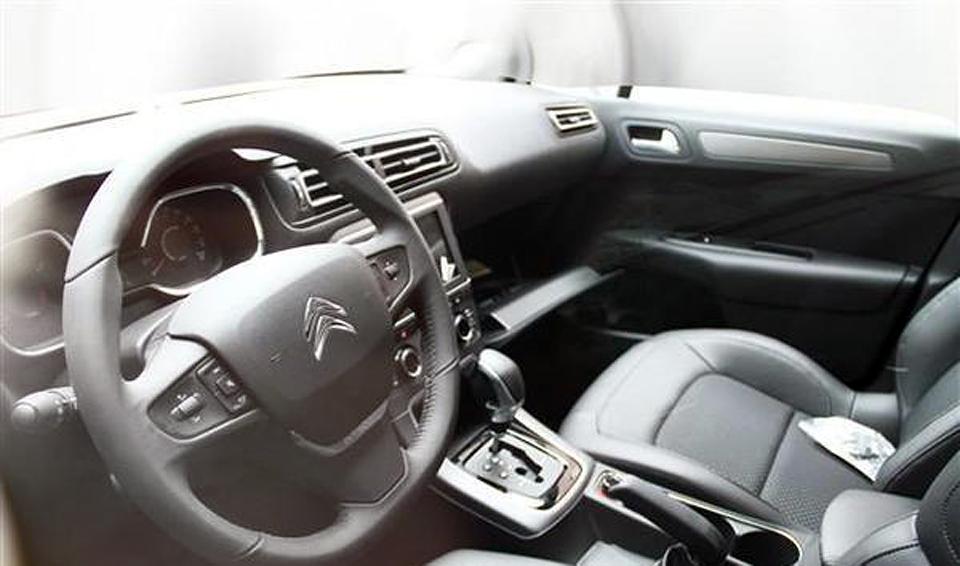 В КНР машина будет продаваться под названием C-Quatre. Фото 1
