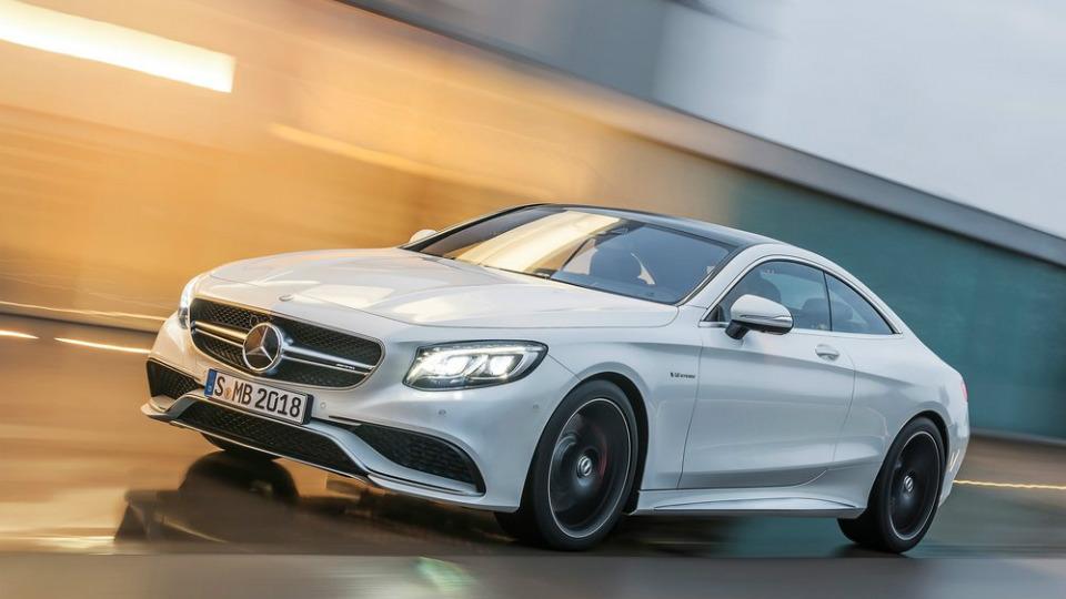 Компания Mercedes-Benz начала испытания S 63 AMG с мягкой крышей