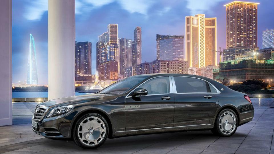 Продажи роскошных машин в России выросли вдвое