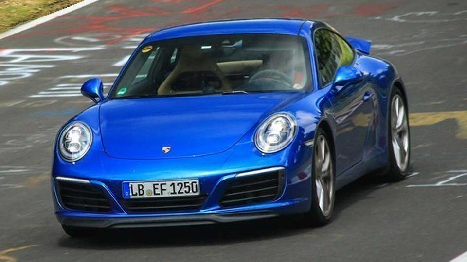 Обновленный Porsche 911 вывели на Нюрбургринг без камуфляжа