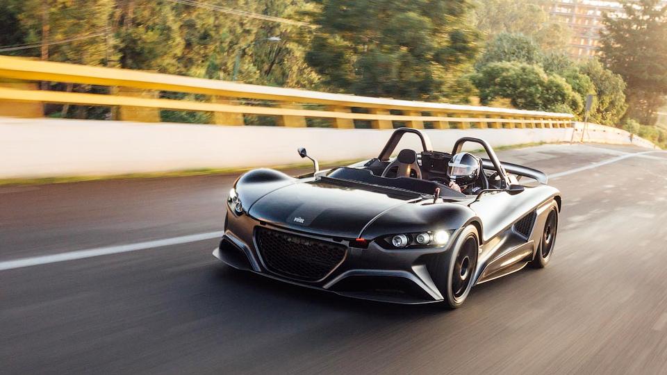 Мексиканская марка VUHL доставила покупателю первый спорткар