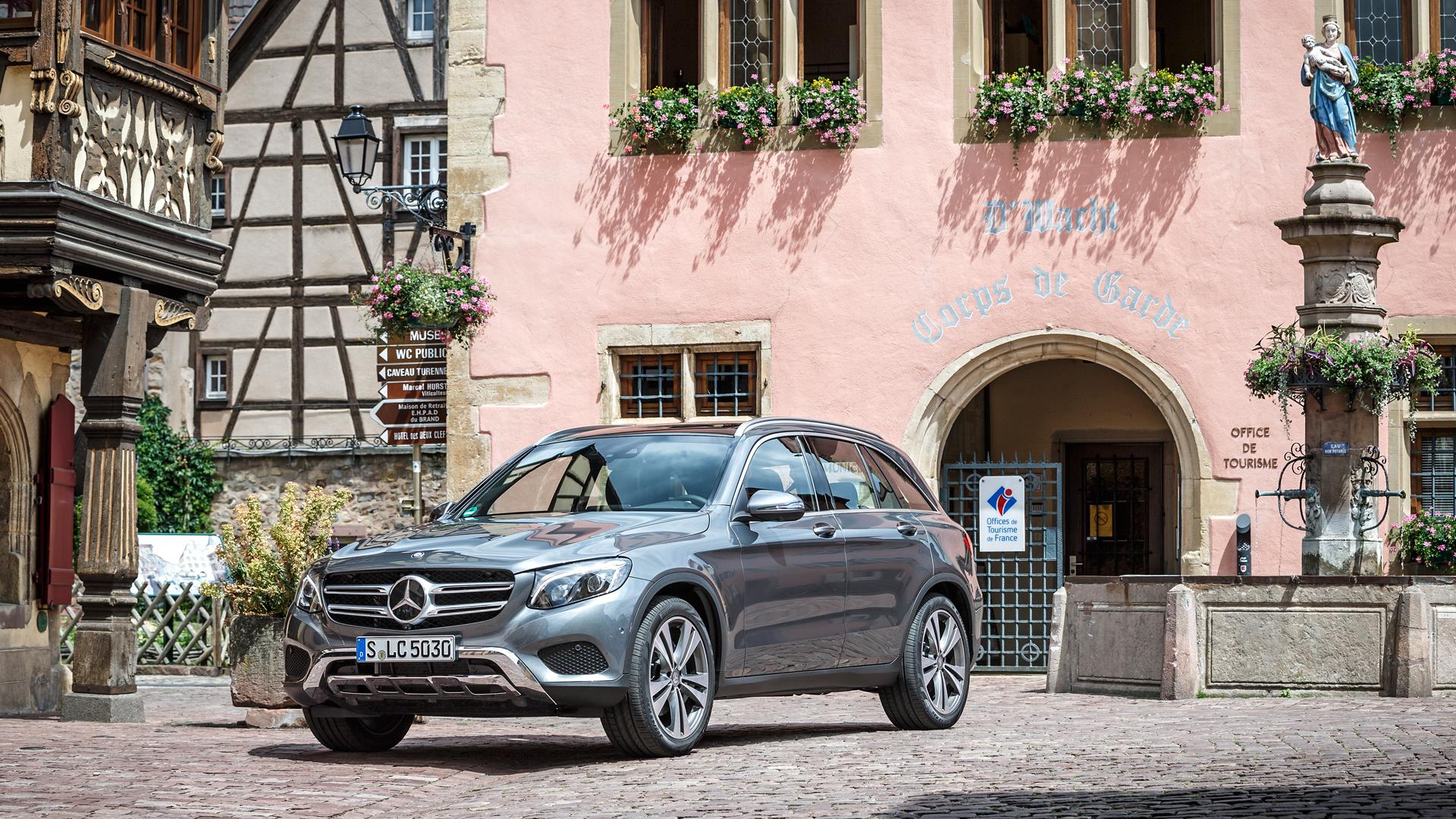 Кому и почему понравится преемник кроссовера Mercedes-Benz GLK. Фото 1
