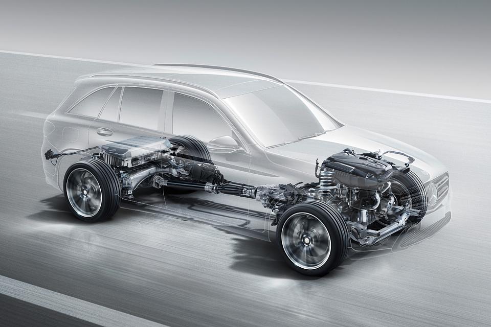 Кому и почему понравится преемник кроссовера Mercedes-Benz GLK