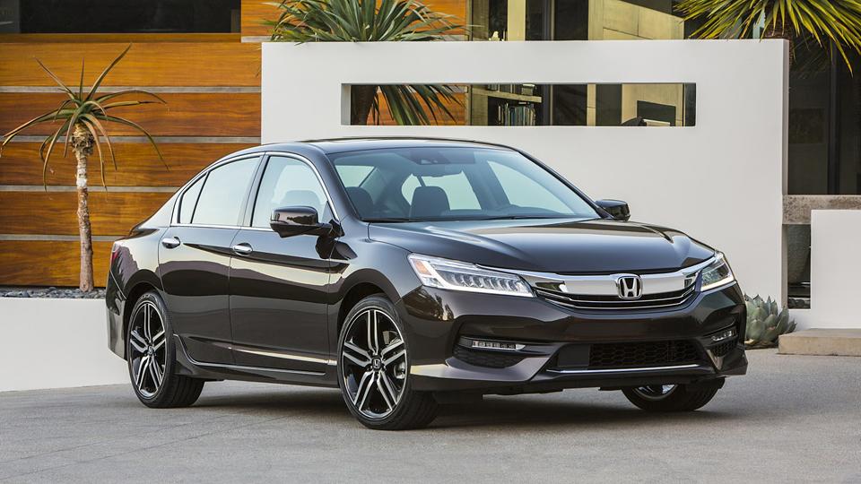 Компания Honda представила рестайлинговый «Аккорд»