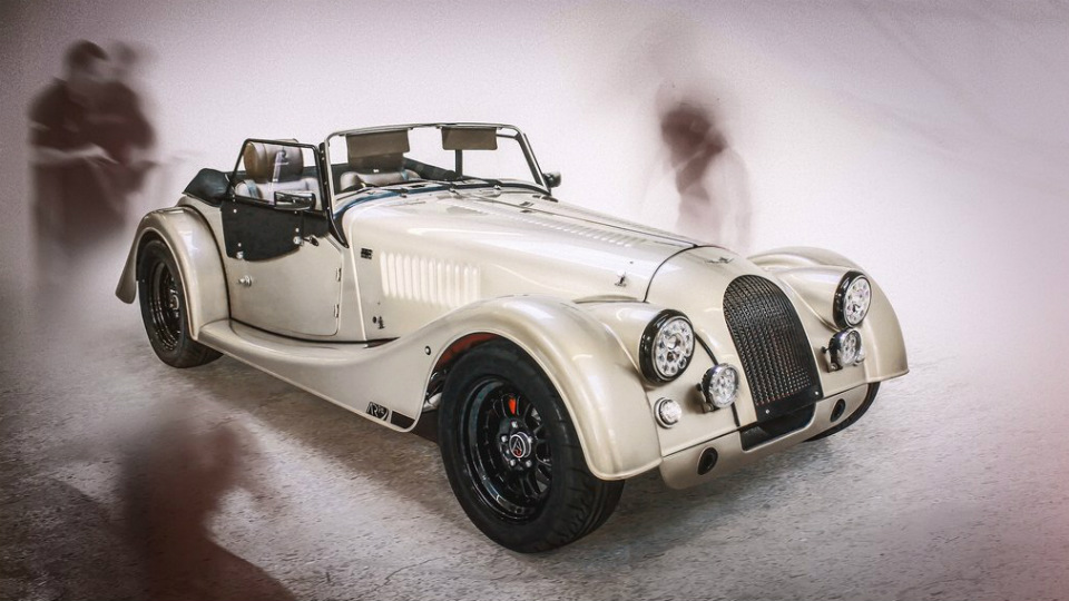 Morgan отпраздновал 65-летие модели Plus 4 особым спорткаром
