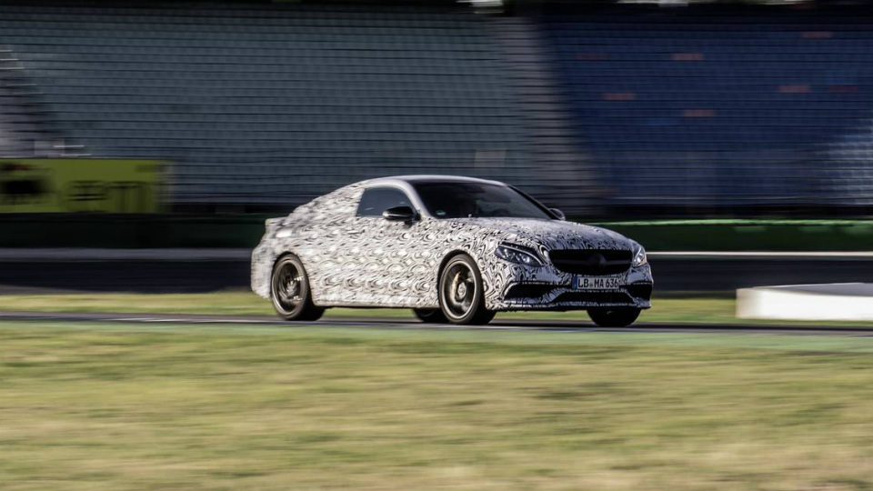Опубликованы фотографии нового Mercedes-AMG C 63 Coupe