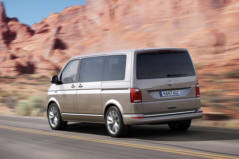 Тест нового VW Multivan, который научился быть добрым. Фото 3