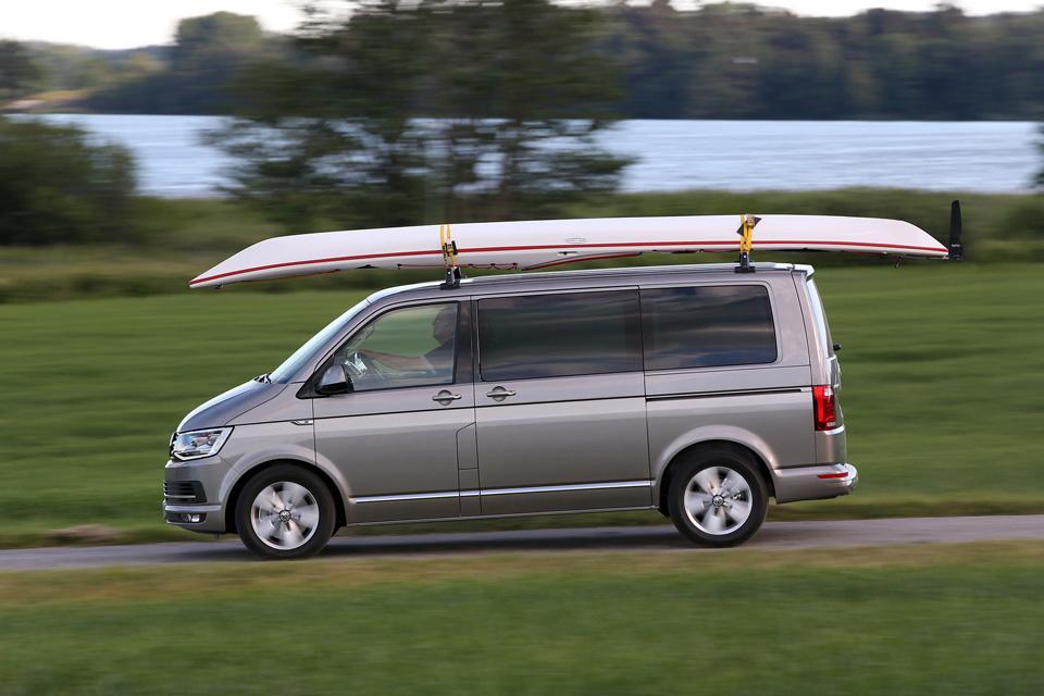 Тест нового VW Multivan, который научился быть добрым. Фото 5