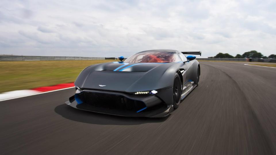 Aston Martin попросили сделать дорожный вариант трекового купе