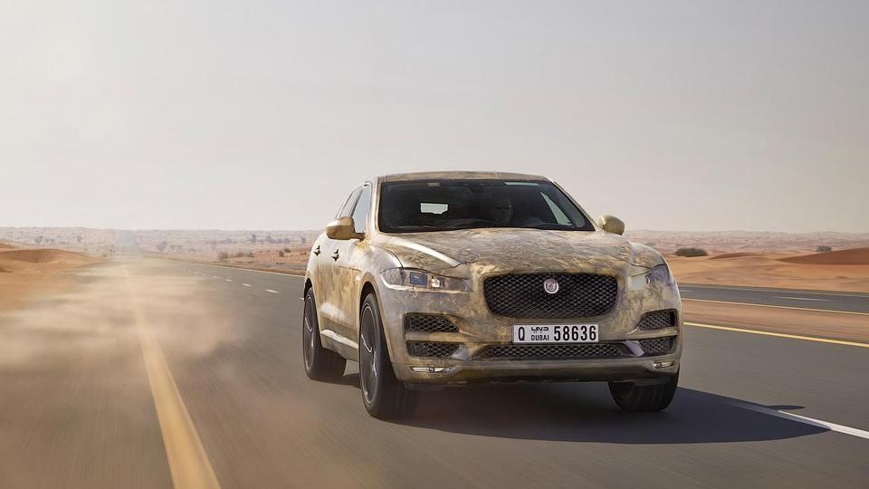 Первый кроссовер Jaguar испытали в экстремальных условиях