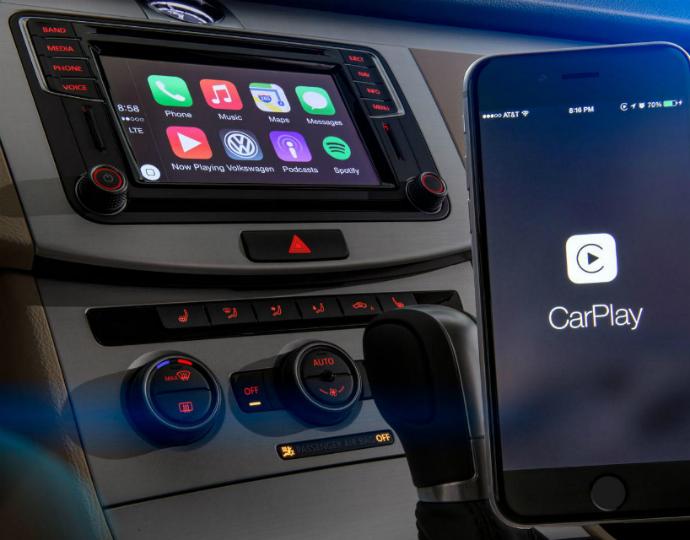 Новые «Фольксвагены» получили поддержку CarPlay и Android Auto