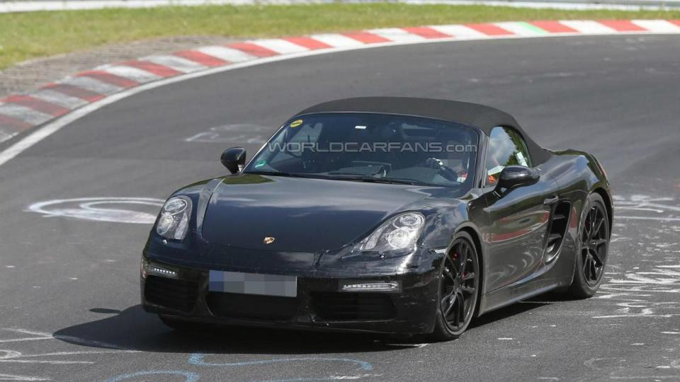 Топовая «четверка» обновленного Porsche Boxster выдаст 370 сил