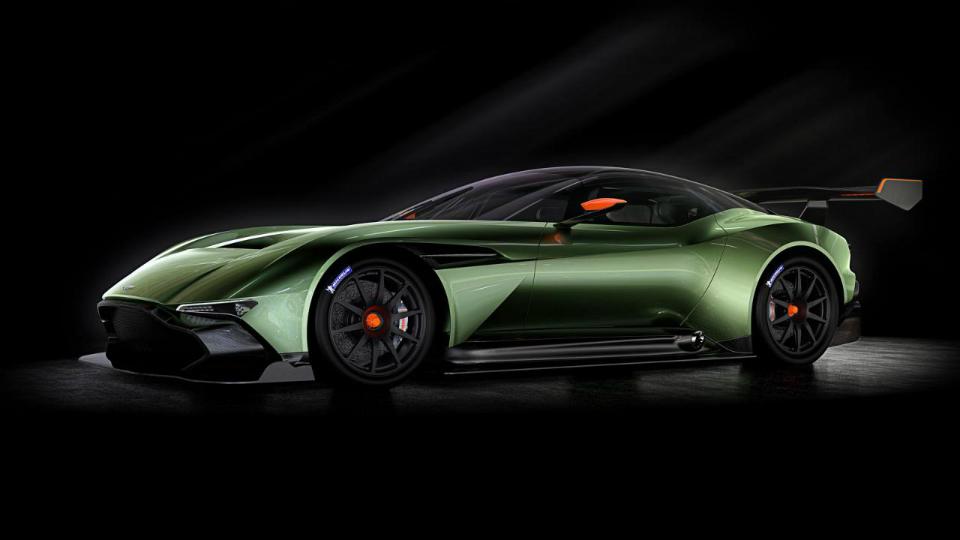 В Aston Martin опровергли появление дорожного «Вулкана»
