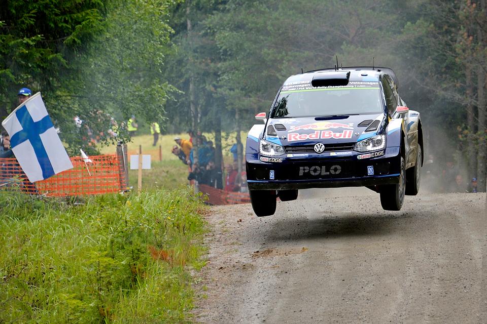 Яри-Матти Латвала выиграл домашний этап WRC. Фото 1