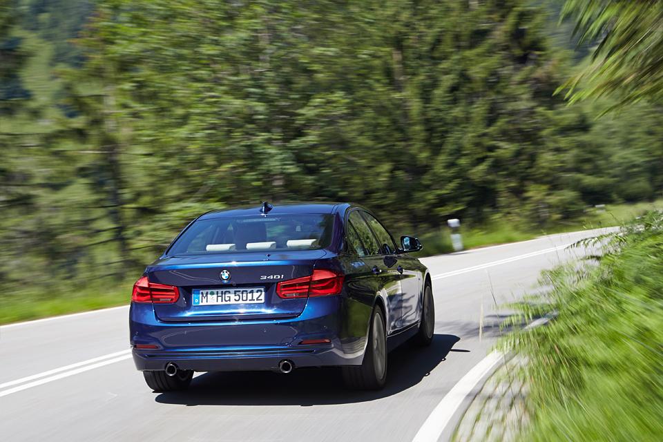 Одна эволюция и одна революция в мире BMW. Фото 14