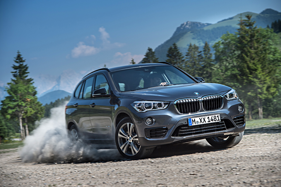 Одна эволюция и одна революция в мире BMW. Фото 8