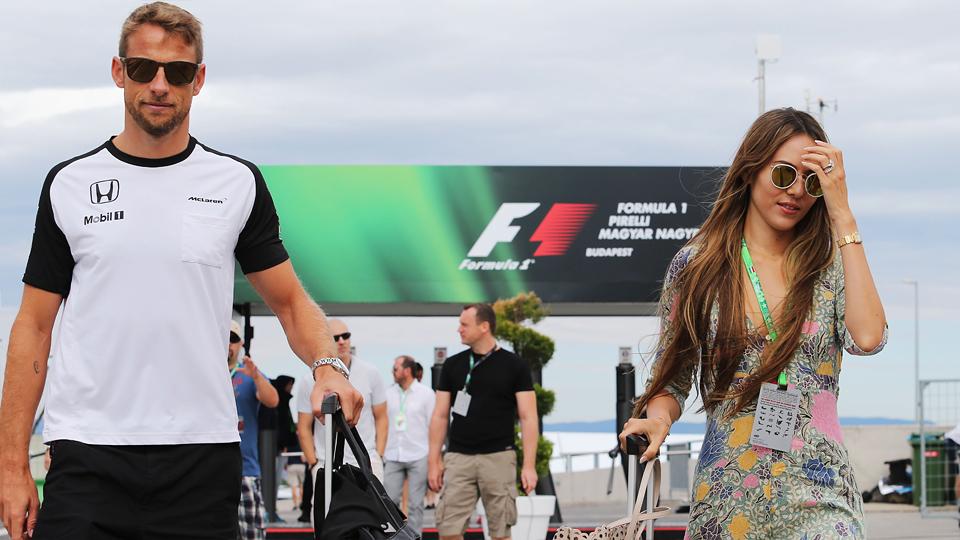Грабители усыпили газом бывшего чемпиона Формулы-1