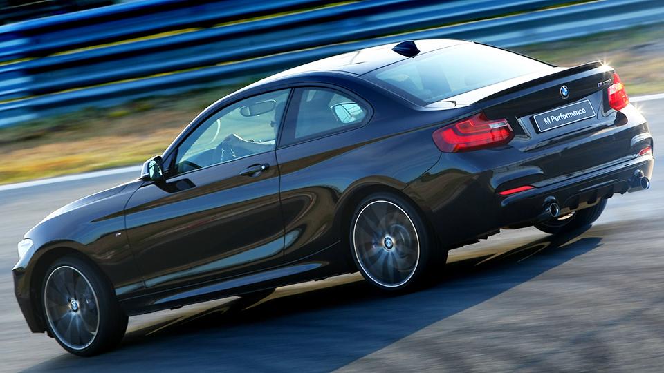 Премьеру BMW M2 перенесли на октябрь