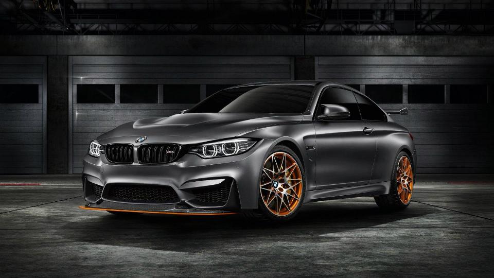 Компания BMW показала трековый концепт M4 GTS