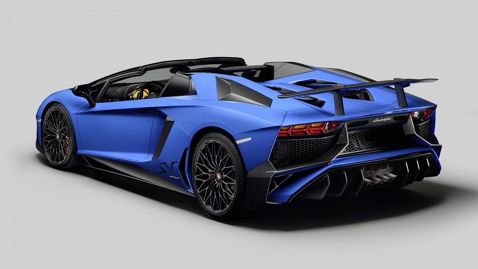 Итальянцы выпустят 500 автомобилей в версии Superveloce