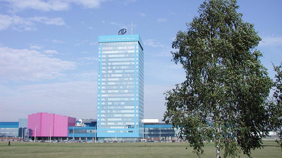 «АвтоВАЗ» потратил деньги от продажи иномарок руководства на туалеты