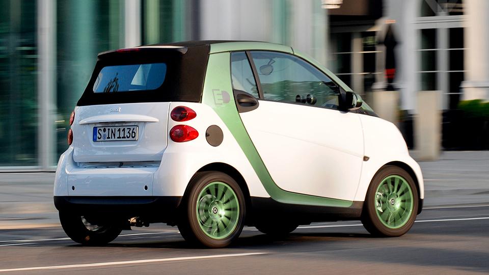 Компания Smart остановила выпуск электрического ForTwo