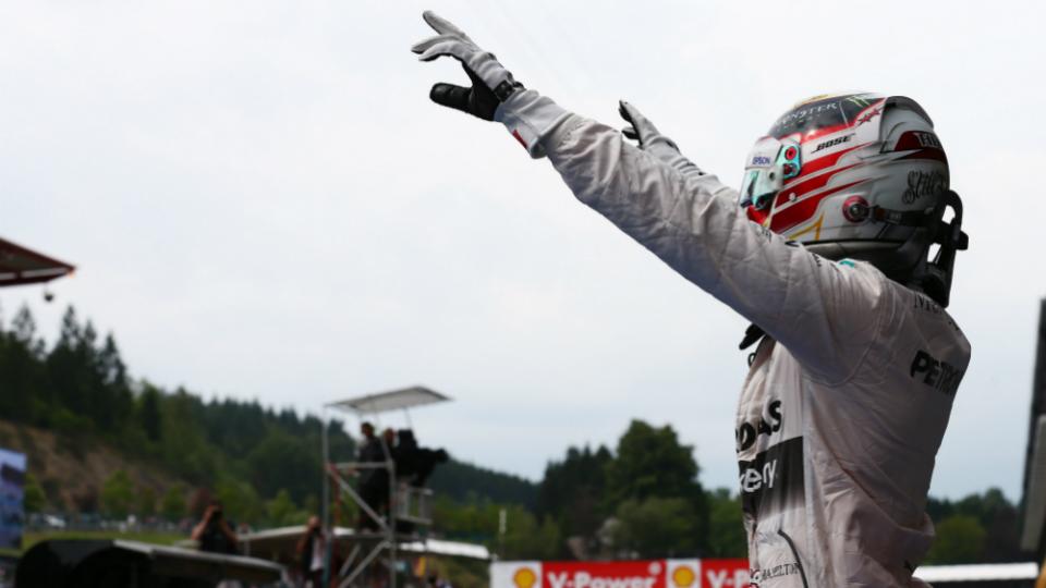 Льюис Хэмилтон выиграл Гран-при Бельгии