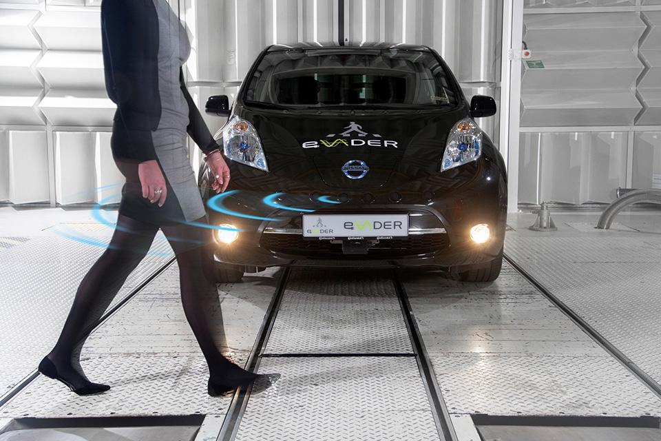 Зачем электромобилям звук