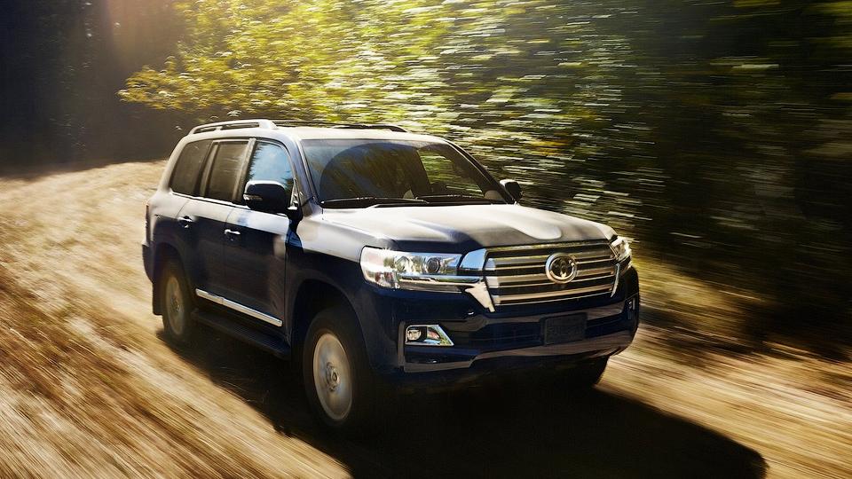 Toyota привезет в Россию новый Land Cruiser до конца года