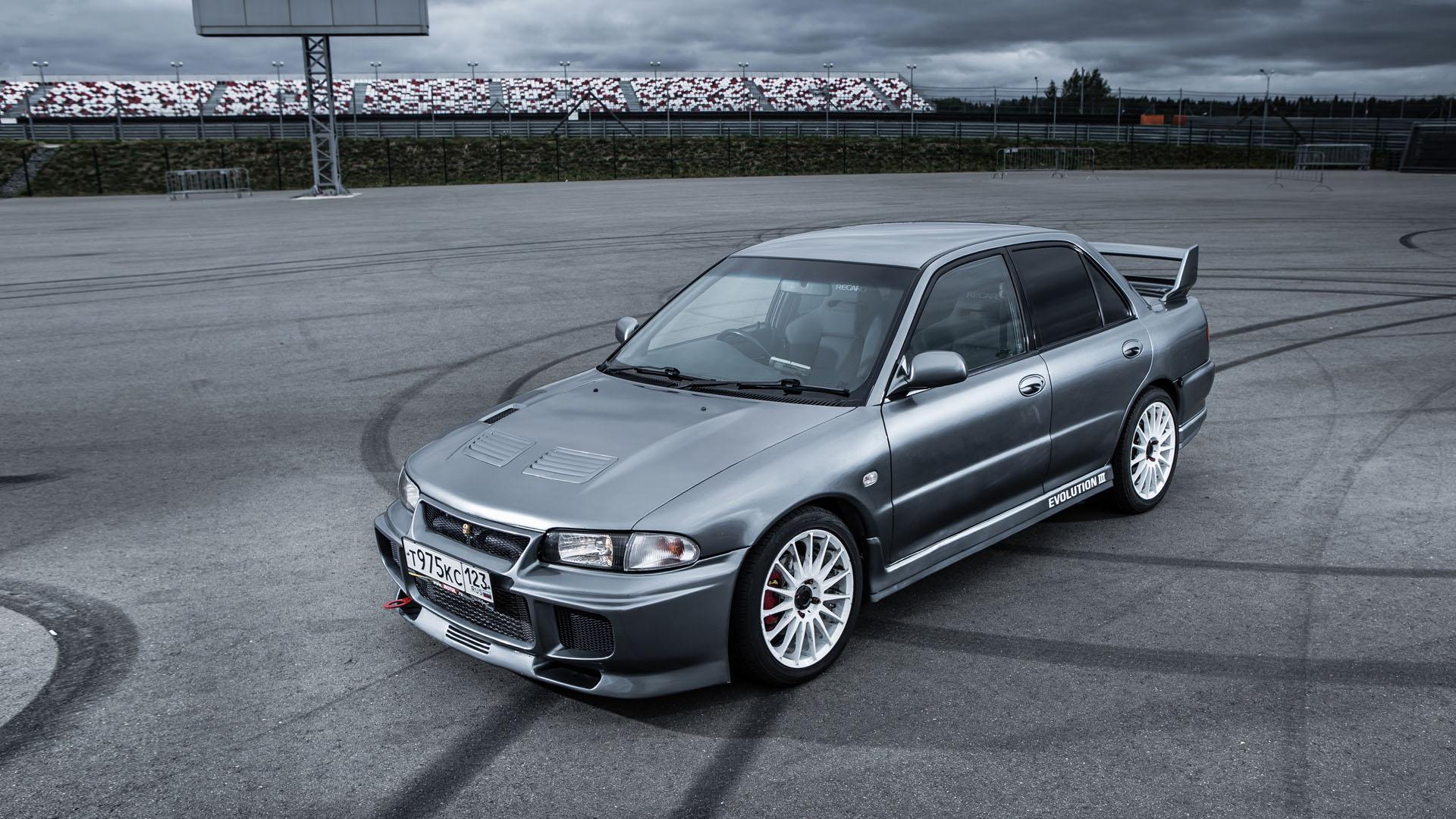 Прощаемся с легендарным Mitsubishi Lancer Evolution