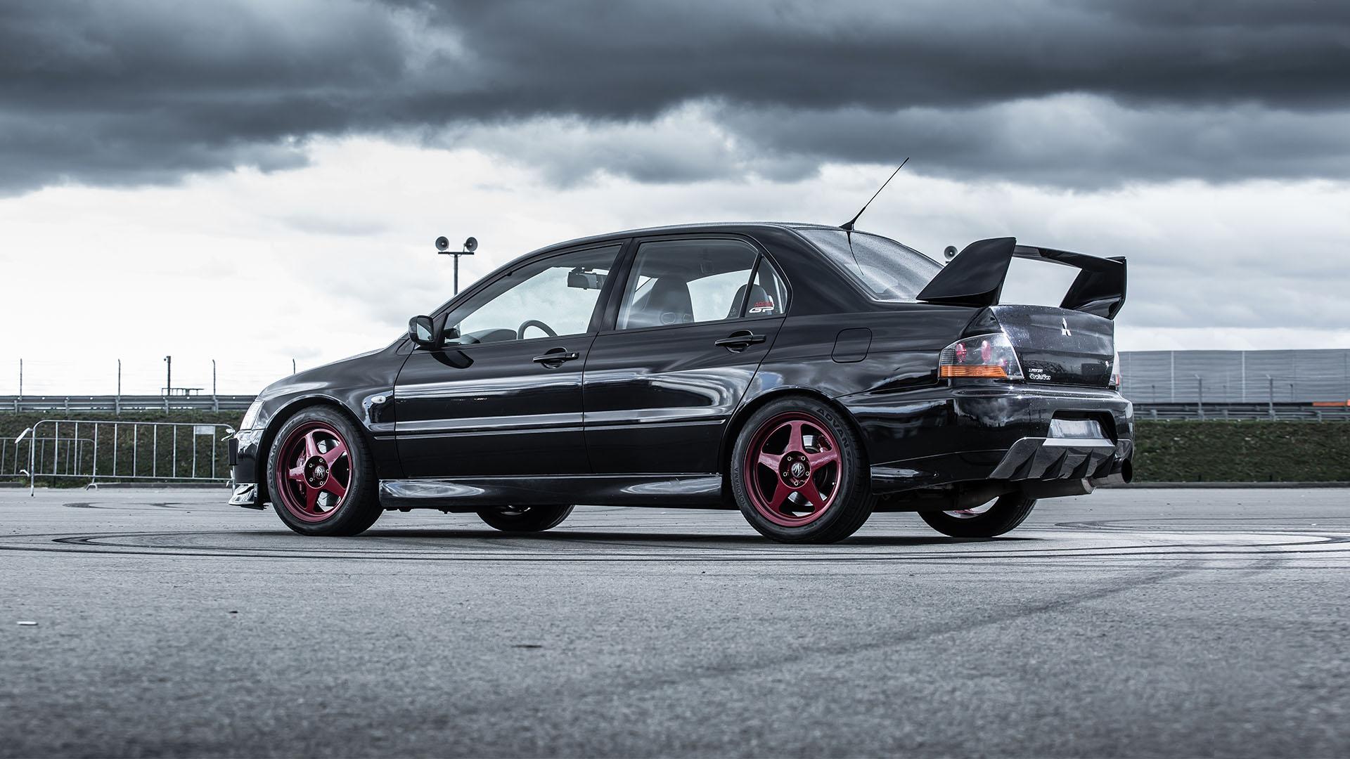 Прощаемся с легендарным Mitsubishi Lancer Evolution. Фото 18