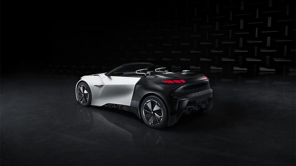 В Peugeot сделали прототип городского купе-кабриолета на электротяге