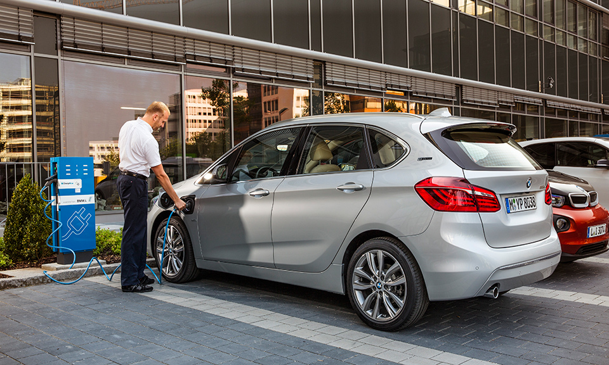 BMW 2-Series Active Tourer оснастили 224-сильным силовым агрегатом. Фото 2
