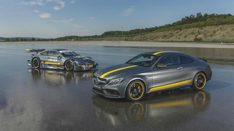 Немцы выпустили двухдверку в стилистике машины серии DTM. Фото 1
