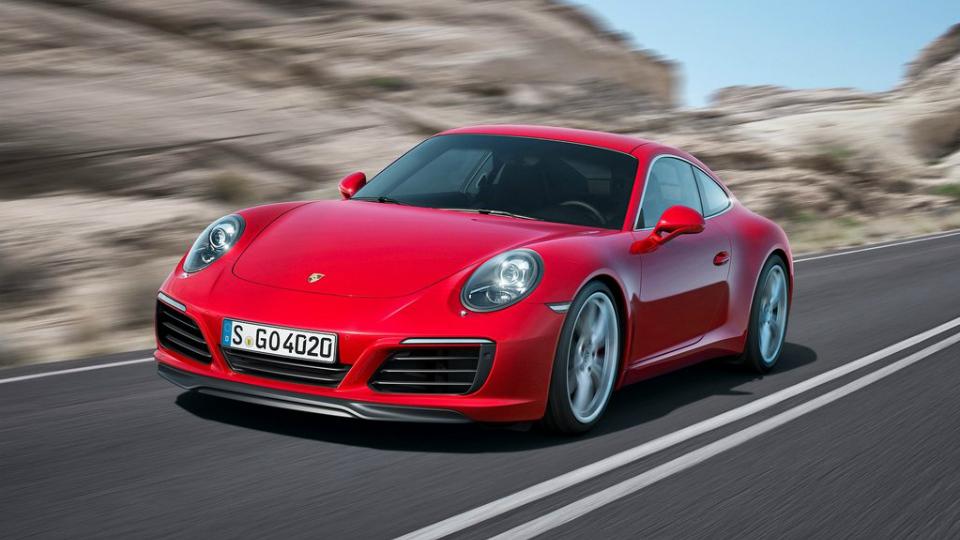 Компания Porsche обновила модель 911