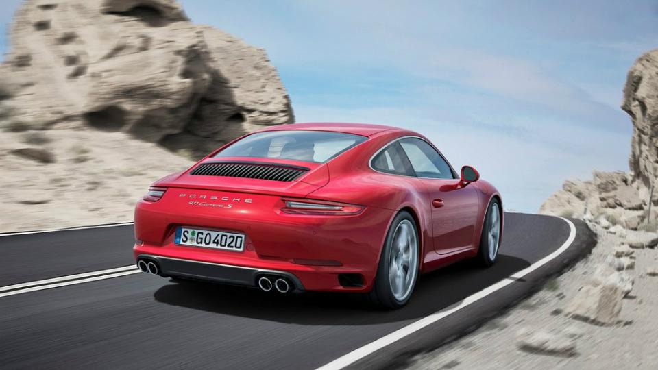 Спорткар Porsche 911 Carrera получил турбомотор. Фото 1