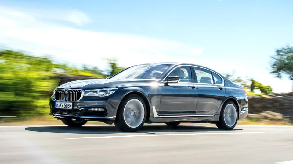 Названа мощность дизеля BMW с четырьмя турбинами