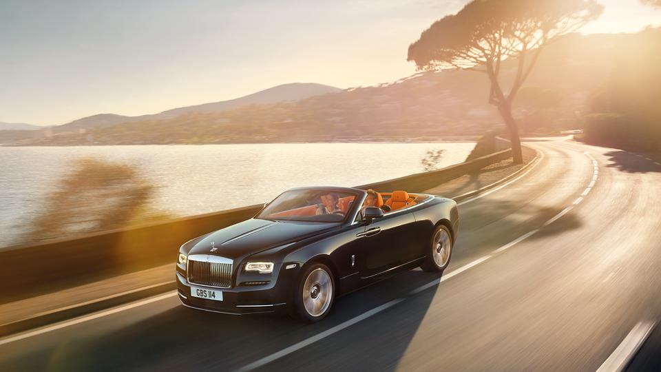 Rolls-Royce построил новый кабриолет